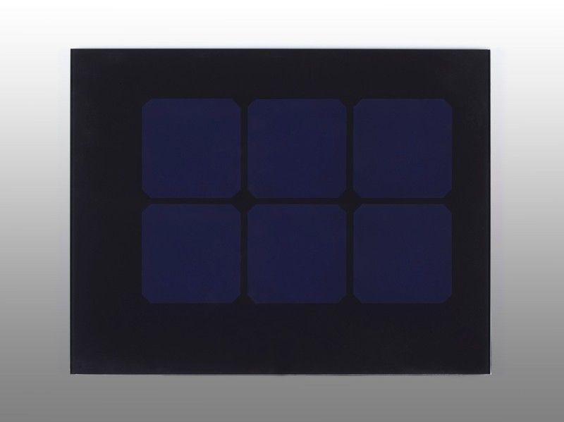 01-transparent-mono-black